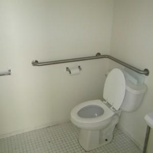 318 N 55th Bathroom