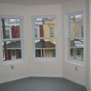 35 N Hobart-Front Room-April 4, 2007 013